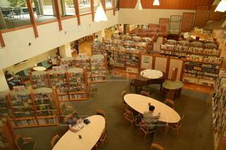 図書館の写真・画像素材[2492651]