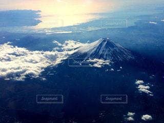 富士山と雲の写真・画像素材[2411824]