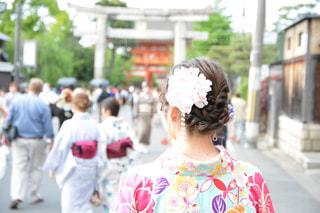 女性,花,屋外,京都,ピンク,後ろ姿,通り