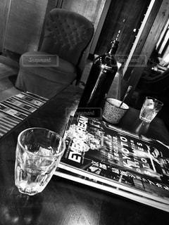 カフェ,京都,アンティーク,光,家,椅子,コップ,旅行,グラス,フィルム,セピア,フィルム写真,フィルムフォト,海外雑誌