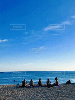 女性,海,空,屋外,雲,波,海辺,ハワイ,フィルム,ワイキキ,女子旅,フィルム写真,フィルムフォト