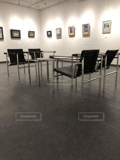 絵,室内,椅子,床,壁,フィルム,フィルム写真,画廊,フィルムフォト