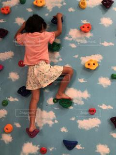 室内,女の子,壁,元気,インドア,娘,ボルダリング,自宅,登る