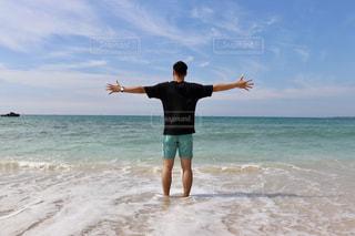 男性,自然,風景,海,夏,ビーチ,後ろ姿,青い空,人物,背中,人,後姿,一眼レフ