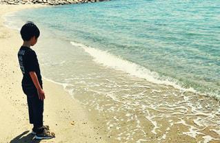 自然,風景,海,屋外,砂浜,波,水面,ナチュラル,フィルム,少年,雰囲気,自然光,フィルム写真,フィルムフォト