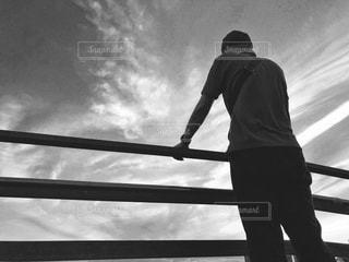 男性,風景,空,屋外,モノクロ,人物,フィルム,雰囲気,自然光,フィルム写真,フィルムフォト,黒と白