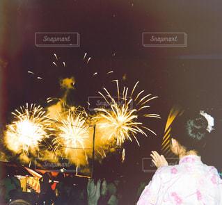思い出の花火の写真・画像素材[2433568]