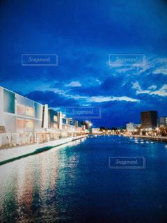 ライトアップされた兵庫運河の写真・画像素材[2623287]
