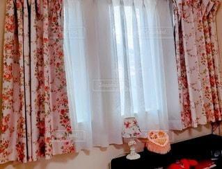 お気に入りカーテンの写真・画像素材[3374511]