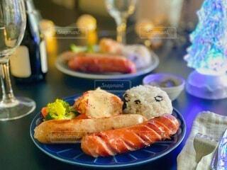 冬,テーブル,キラキラ,Snapmart,夕食,ソーセージ,おつまみ,メリークリスマス,アンバサダー,PR,ジョンソンヴィル