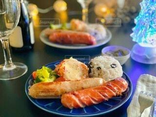 冬,テーブル,キラキラ,Snapmart,夕食,ソーセージ,おつまみ,メリークリスマス,アンバサダー,PR,ジョンソンヴィル,ジョンソンヴィルアンバサダー