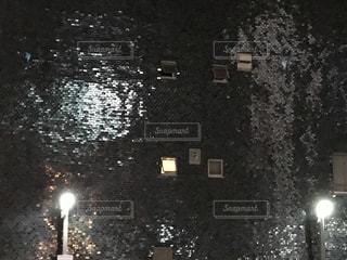 夜の街路の眺めの写真・画像素材[2261345]