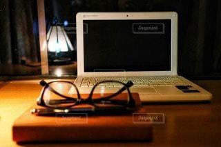 夜のビジネスシーンの写真・画像素材[2497257]