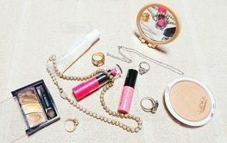 ピンク,指輪,鏡,ネックレス,美容,リップ,コスメ,化粧品,リップスティック,フォトジェニック,インスタ映え