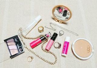 ピンク,鏡,ネックレス,可愛い,美容,ミラー,リップ,コスメ,化粧品,pink,リップスティック,ペンダント,フォトジェニック,インスタ映え