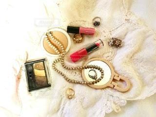 白,かわいい,指輪,鏡,布,リング,美容,ミラー,リップ,Cute,コスメ,化粧品,ジュエリー,フォトジェニック,インスタ映え