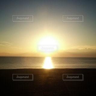 自然,海,空,屋外,太陽,夕暮れ,水面,水平線,日没,光,sunset,クラウド,フォトジェニック,インスタ映え