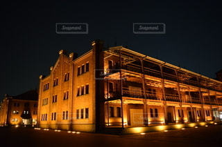 赤レンガ倉庫の夜景の写真・画像素材[2771477]