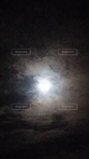 自然,風景,空,暗い,月,満月,雲の向こうに満月