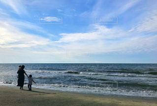 海辺の散歩の写真・画像素材[2173929]