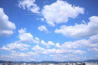 空に雲の群しをするの写真・画像素材[2426819]