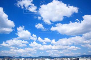 空に雲の群しをするの写真・画像素材[2426828]