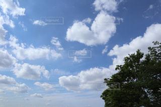 空に雲の群しをするの写真・画像素材[2429109]