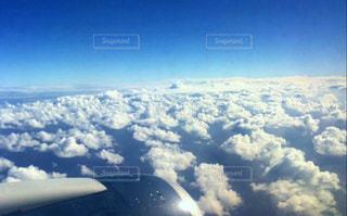 飛行機からの雲の写真・画像素材[2429117]