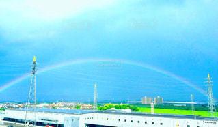 雨上がりの虹の写真・画像素材[2597272]