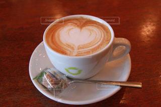食べ物,飲み物,カフェ,コーヒー,LOVE,ハート,カフェラテ,ラテアート,ラブ,♡,マーク,ホットドリンク