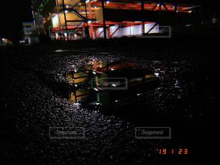 夜,雨,屋外,水たまり,暗い