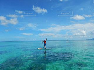海の隣の水域の写真・画像素材[2180479]