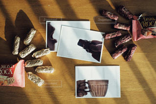 美味しいチョコを食べる幸せ◎の写真・画像素材[2820327]
