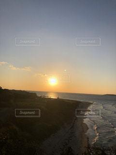 自然,風景,海,空,屋外,太陽,ビーチ,雲,夕暮れ,波,海辺,水面,海岸,光,夕陽,さざ波