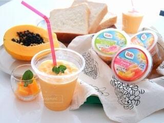 食べ物,食事,朝食,ジュース,テーブル,果物,カップ,ドリンク,ファストフード,ソフトド リンク