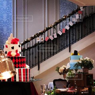 られた飾り付け階段前の写真・画像素材[2199276]