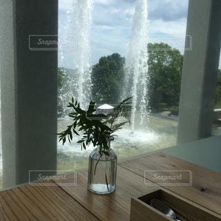 カフェのテーブルの写真・画像素材[2289248]