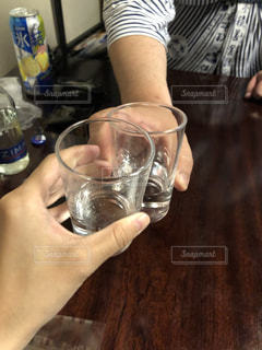 乾杯がハートマークの写真・画像素材[2288138]