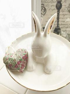 うさぎ,白い,皿,ハート,布,食器,ホワイト,プレート,マーク,香り,ウサギ,物撮り,サシェ,白磁,匂い袋