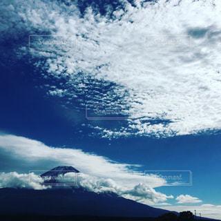 空に雲の群しをするの写真・画像素材[2436060]