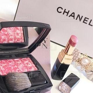 美容,女子力,リップ,コスメ,化粧品,チーク,限定,パケ買い,外資系