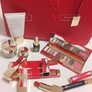 美容,女子力,リップ,コスメ,化粧品,限定,パケ買い,外資系