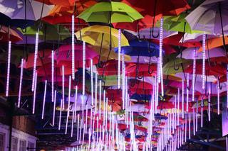風景,公園,雨,傘,屋外,水,長靴,雫,明るい,梅雨,街中,天気,レインコート,ビニール傘,雨の日,かさ,折り畳み傘
