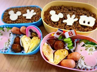 小学生向けのお弁当の写真・画像素材[3122935]