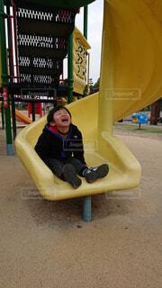公園で遊ぶ男の子の写真・画像素材[4605434]