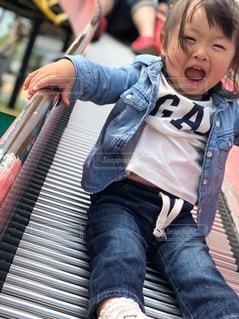子ども,風景,公園,屋外,女の子,人物,人,滑り台