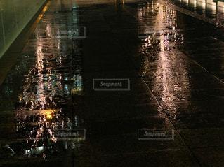 夜,雨,屋外,イルミネーション,都会,地面,グランフロント大阪,シャンパンゴールド