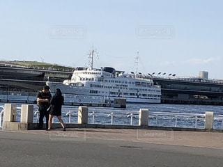 白い豪華客船の写真・画像素材[2329875]