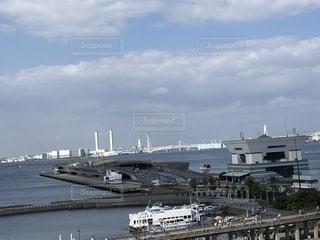 横浜の大桟橋の港の写真・画像素材[2329879]