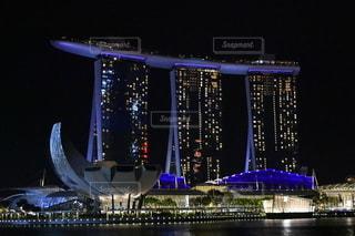 ホテルの夜景の写真・画像素材[2728470]